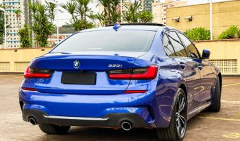 BMW 330 2019 completo